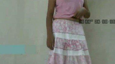 College Girl Singing Galiyan While Strip Down Mms