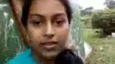 Porn outdoor boob press of Delhi university girl