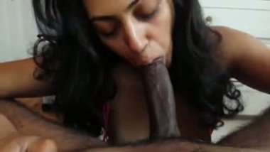 Indian hotel receptionist caught redhanded with her boss