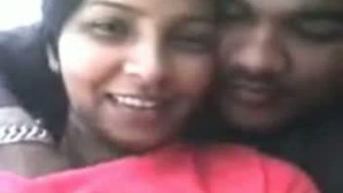 Desi village girl with her lover in local park leaked mms