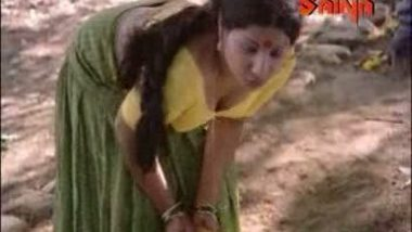 Jayabharati's butt grab video – FSIBlog.com