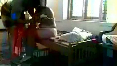 South Indian mature bhabi first time fucked by nextdoor guy