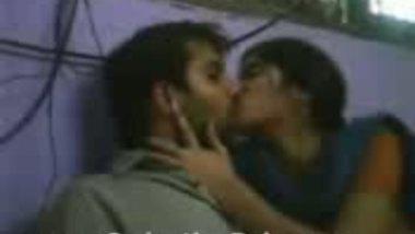 Desi Hot Kiss