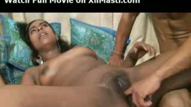 Indian chick gets mouth fucked