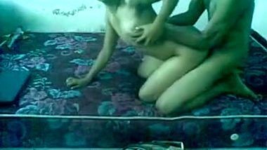 Amateur desi couple recording home sex mms