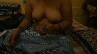 Nasik mature aunty exposed her big boobs and fucked by neighbor