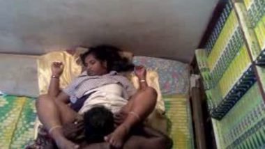 Hidden cam mms of Kerala girl pussy eaten n riding lover