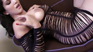 SunnyLeone Sunny Leone in a beautiful strip tease