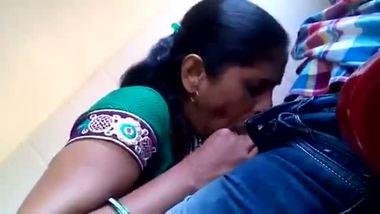 Mature mallu aunty sexy blowjob videos