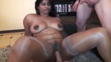 Bengali NRI bbw bhabhi threesome sex