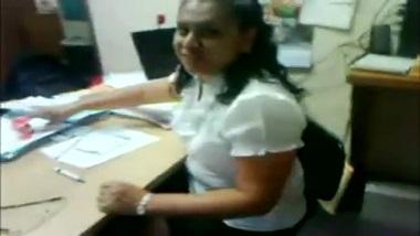 Latest Indian office sex mms of hot secretary
