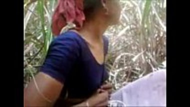 Indian village aunty fucked in her own farm