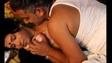 Desi short sex movie of a herbal doctor seducing his patient