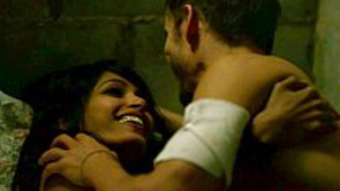 Topless scene of Frieda Pinto in a sex scene