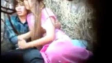 Amateur Nepali couple caught having outdoor sex