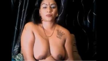 Indian BBW Aunty As A Cam Girl