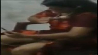 Caught Desi Aunty Showing Nude Body To Lover