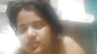 DIRTY DESI CHEATING BITCH ENJYOING WITH BF