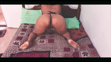It's all about ASS !!! Compilation ! Shake that ass Girl !! Sri Lankan Model Kuweni's Fat Ass ! PAWG
