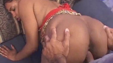 Indian Hottie Gets On Top And Rides