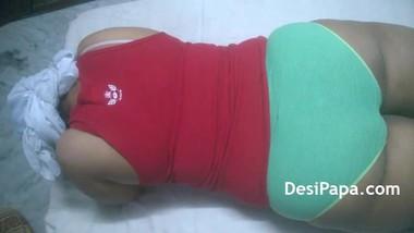 Desi Bhabhi Full Body Massage Indian Sex