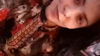 Beautiful Bangladeshi Girl Showing Boobs And Pussy
