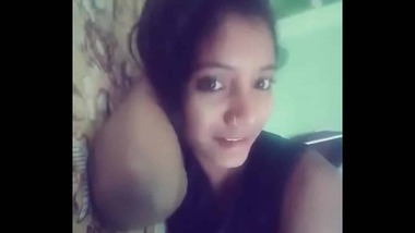 Nude Indian Teen girlfriend nude MMS video
