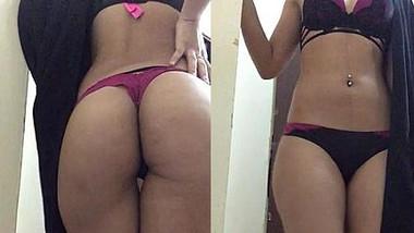 Desi sexy babe Hot ass show