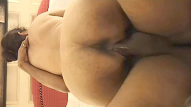 Big ass Delhi hot wife fucked by hubby's friend, hubby records