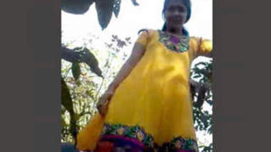 Desi couple very nice sucking n fucking in forest with audio