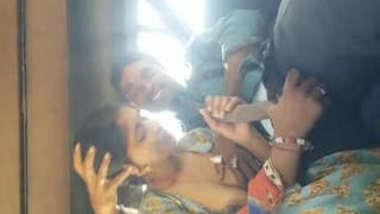 bhabi suck her devar dick on taxi
