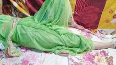 Married bhabi shalni ki hotel me chudai Saree sex