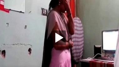 Marathi Bhabhi sex with her secret lover exposed online