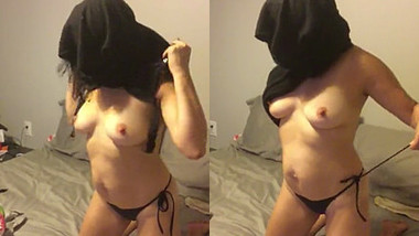 young arab girl plays with pussy