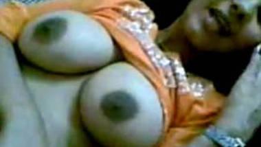 beautiful big boob girl blowjob to bf says girl says light band karo