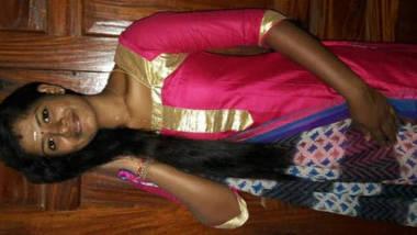 hot tamil girl pussy fingering video