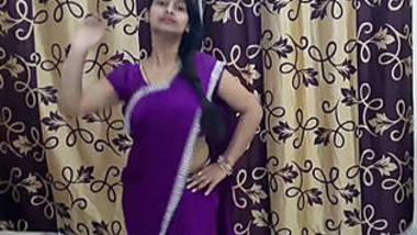 Shivani thakur hot navel sh0w 4