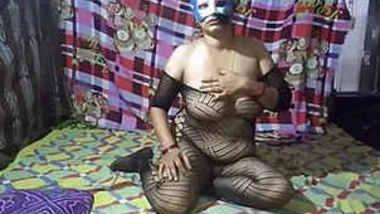 sugandha bhabhi in sexy dress