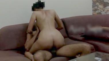 Desi couple fucking on sofa & recording their fuck