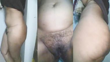 Telugu hairy girl exposing cute wet pussy flower