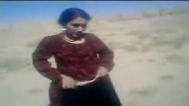 Hot Kashmiri Girl Fucked Hard In Open By Elder Sister's Hubby