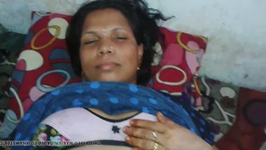 Best Indian aunty porn mms video of Bengali aunty sex