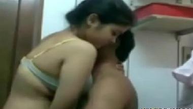Hindi mai cousin brother sister ki fuddi chudai blue film