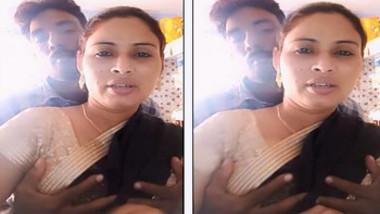 Dewar pressing Desi bhabhi's boobs