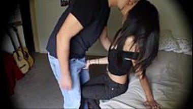 Indian college sex MMS scandal porn of virgin desi lovers