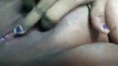 Desi village bbw aunty nice pussy fing video 3
