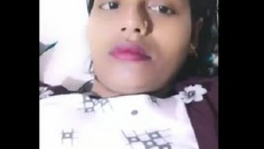 Desi bhabi show her big boob live app video