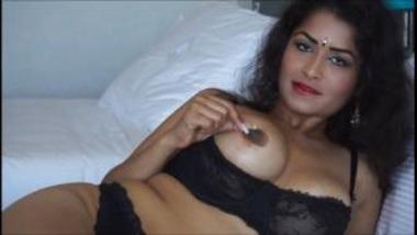 Erotic Masturbation Clip Of Desi Bhabhi In Bikini