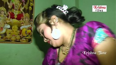 Desi horny wife having an affair with hubby's friend