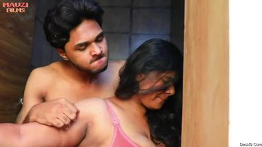 Desi girlfriends please horny guys with hot XXX sex in porn movie